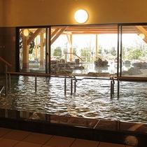 【甲賀温泉やっぽんぽんの湯】内湯/とろりとしたやわらかな美肌の湯です!