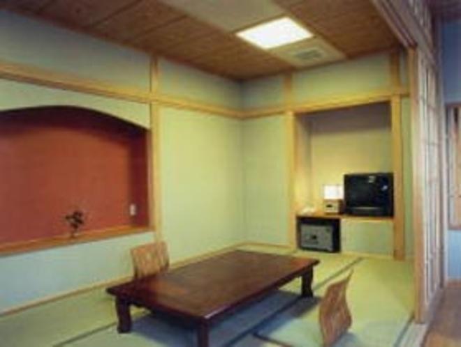 客室(和室9畳)