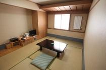 客室[6畳和室]