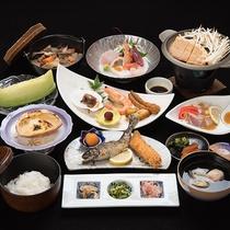 *【夕食一例:スタンダード2食】味・量ともにご満足いただいているお食事は口コミでも好評!