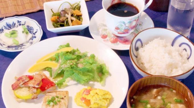 1泊朝食付きプラン<遅めのチェックインや夕食はお好みのレストランなどでどうぞ!>