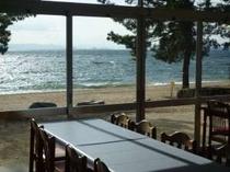 琵琶湖の見える食堂