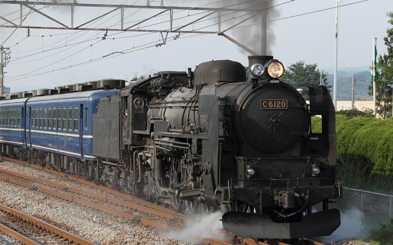 【観光】SL機関車の迫力は圧巻!新前橋駅も通ります
