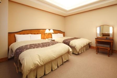 全洋室に『世界のベッド』シモンズ社製マットレスを採用!快適な眠りをご提供致します。