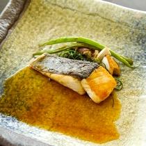 鰆の西京焼 パンチェッタのソース