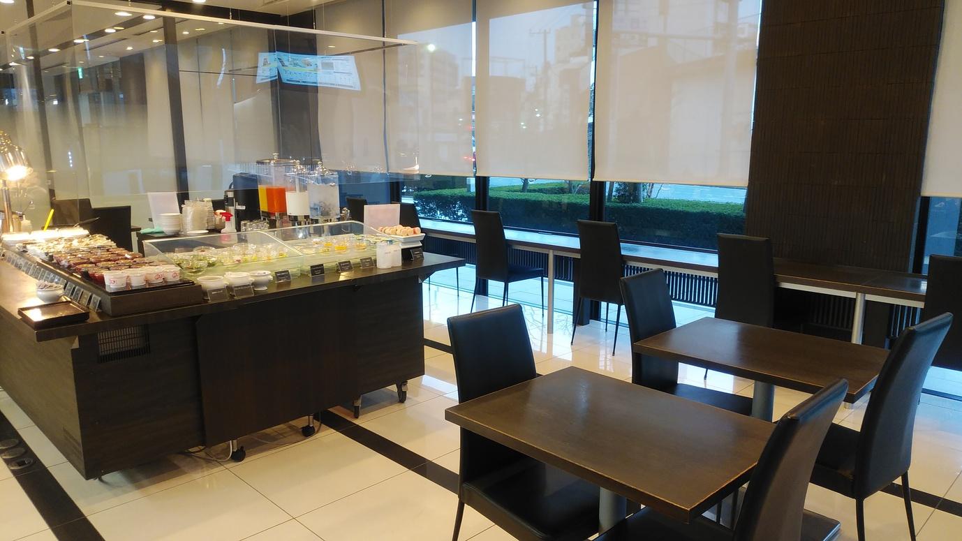 ■朝食レストラン1階 座席数26席
