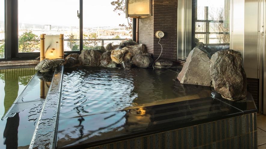 ■男性水風呂(水温:16℃)