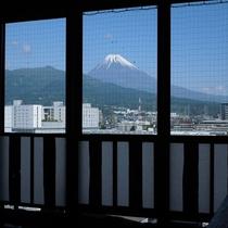 ■女性大浴場から見える富士山