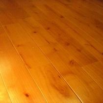河津桜の床材