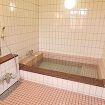 *男女とも各1ヵ所浴場完備。貸し切りOK!