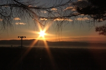 ハイランドパーク入口からの日の出