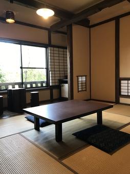 檜の露天付き客室(本間7.5畳和室)