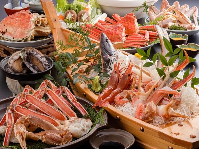 お一人様に一枚のアワビ陶板焼きと舟盛り付き贅沢海鮮三昧カニフルコース