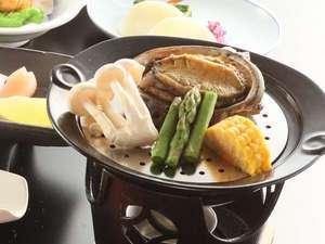 夏限定! 蒸しアワビ料理