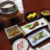 *朝食一例/魚沼産コシヒカリをお一人様ごとに炊いたお釜でお出しします!