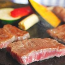 春~秋までは野外BBQをお楽しみください。