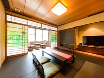 本館 モダン和洋室【半露天風呂付客室】