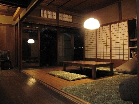およそ築100年の日本家屋 一棟貸し