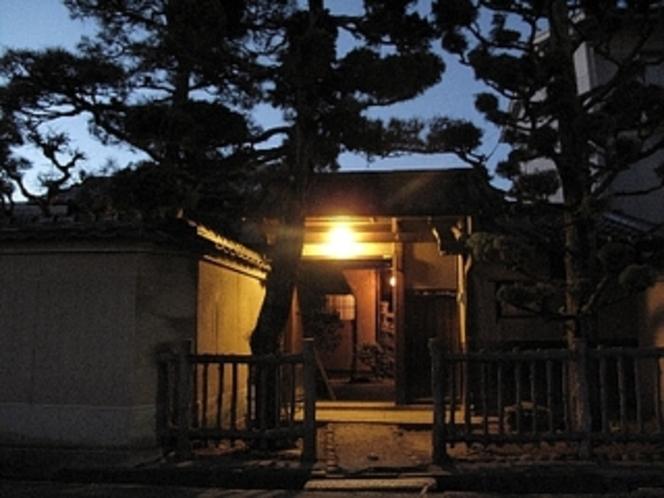 奈良バックパッカーズ 入口