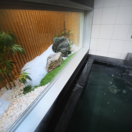 天然温泉「大雪山の湯」雪の季節は雰囲気が出てすっごくいいですよ!!