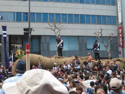 那覇の秋のビッグイベント那覇大綱挽。毎年10月に開催!