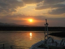 古宇利漁港の夕日