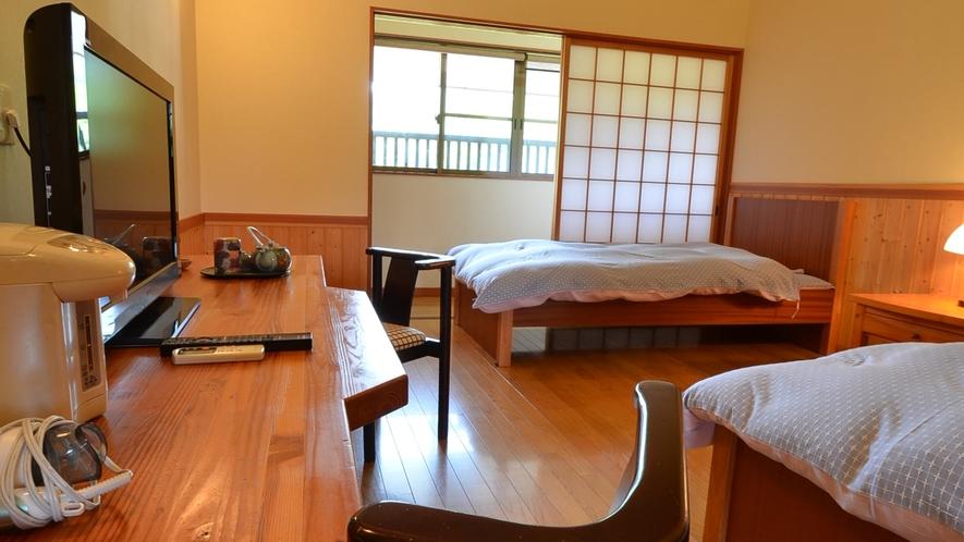 *【新館洋室】の一例。ツインルーム。洋室はツインと4人部屋の2タイプ。