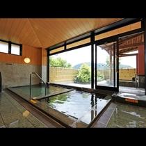 八王子荘には内湯、露天風呂とあります!日頃の疲れた体を癒してください♪♪