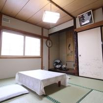 *和室6畳一例/床の間のある和室6畳は、カップル・ご夫婦におすすめ!