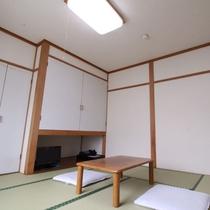 *和室8畳一例/ファミリー・グループにおすすめの和室8畳は少し広めです。