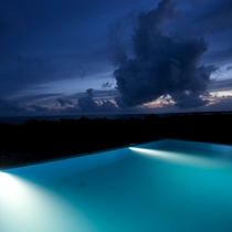 【side.B】sora sky pool夜景