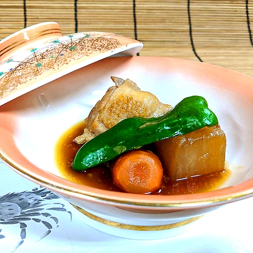 港町の素朴ですが美味しい手作り料理です。(晩御飯一例)