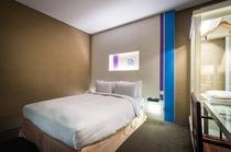 スタンダードダブルベッドルーム(窓なし)【温水洗浄トイレ付】部屋の広さ約17平米