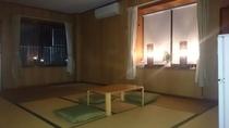5名様まで泊まれる広々12畳の和室