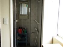 3階の女性専用フロアにもシャワー・トイレ完備