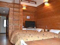 Aタイプ室 洋8畳 ロフトベッド付