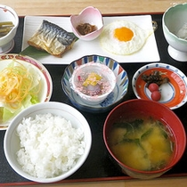 *【朝食一例】からだにやさしい朝食をきちんと♪