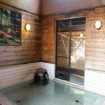 内風呂もとろとろ天然温泉