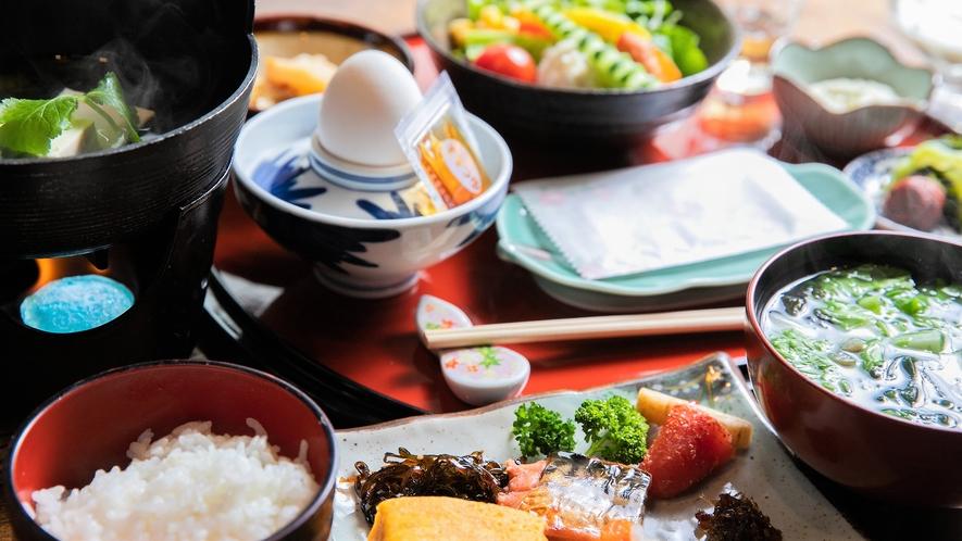 朝食:健康を考えた和定食メニュー<一例>