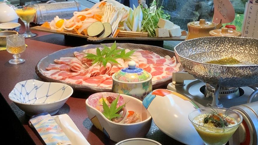 夕食:鹿児島県産 黒豚/温泉しゃぶしゃぶ