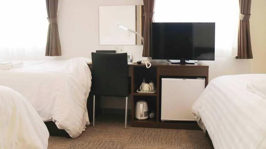 ・トリプルルーム一例:3名定員のお部屋。添い寝の幼児1名無料宿泊OK