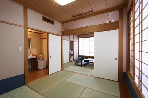 お部屋食和室