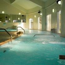 【大浴場/七城温泉ドーム】宿泊者の方は 隣接する施設の広々とした大浴場にて温泉を楽しむことができます