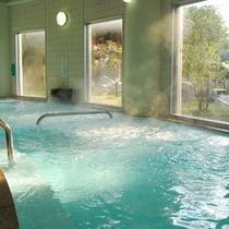 【大浴場/七城温泉ドーム】西日本一大きな浴槽をもつ当館は広々とした大浴場!