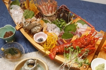 ご夕食一例2 ※プランによって舟盛をお出しいたします。お気軽に内容をご相談下さい!