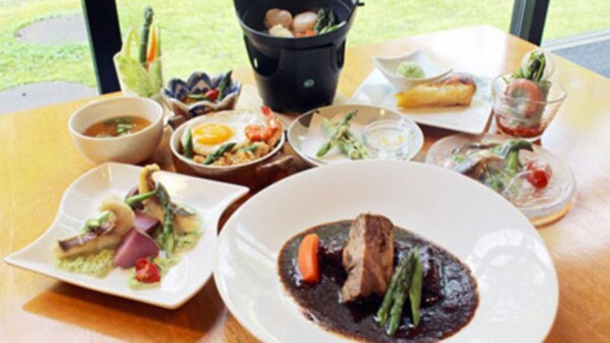 【期間限定】津別産流氷牛×地元産アスパラ料理のコラボをお楽しみください!