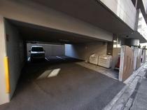 駐車場 単身・カップル・お友達も宿泊いただけます 駐車場あり(事前予約必要)