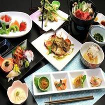 *地元の野菜、山菜、3年物の自家製味噌を使った和洋折衷の創作料理をお楽しみください♪