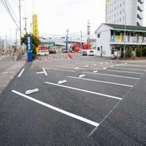 駐車場100台完備