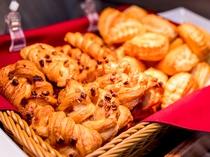 焼き立てパン【健康無料朝食】